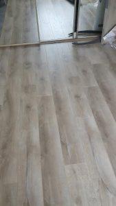 Balterio oak floor greystones