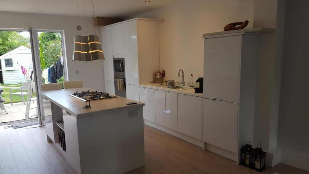 gloss white kitchen in wicklow