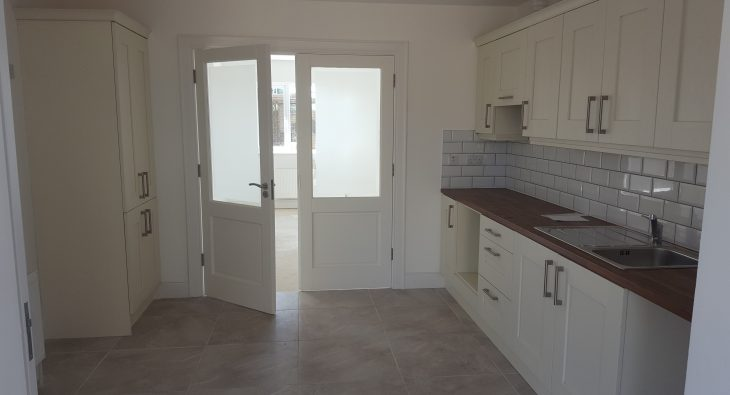 hampton gardens fitted kitchen